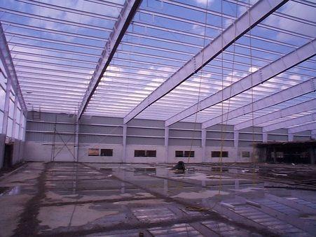 pre engineered steel frame building
