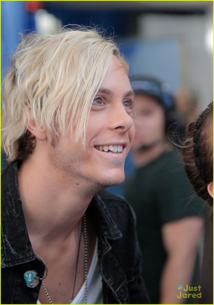 r5 all night good morning america 04
