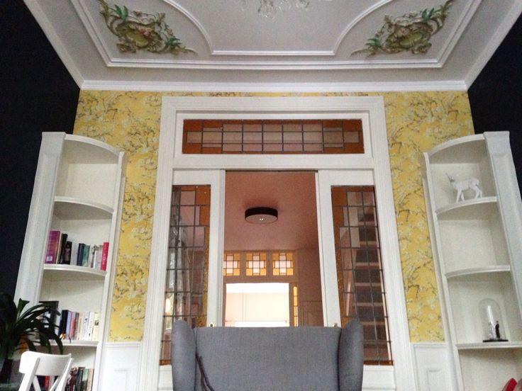 Voorkamer met Van Gogh behang. F&B Hague blue