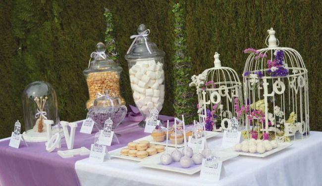 Mesa de dulces para boda elegante en jardin buscar con - Mesas de jardin ...