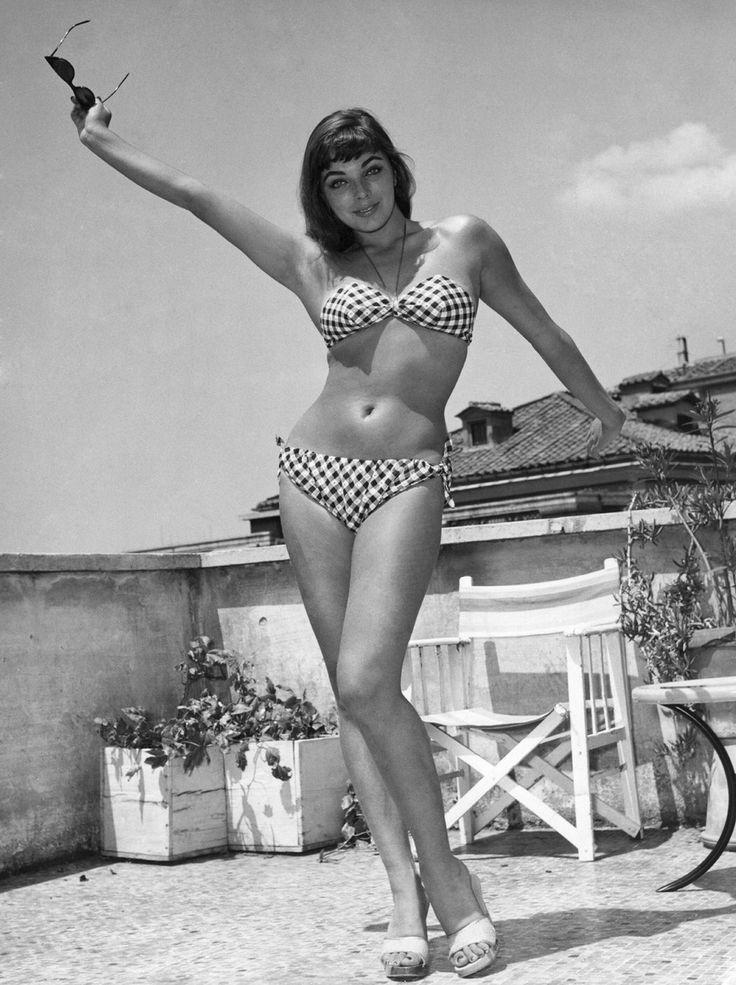 Swimsuit Joan Iyiola nude (92 images) Bikini, Snapchat, in bikini