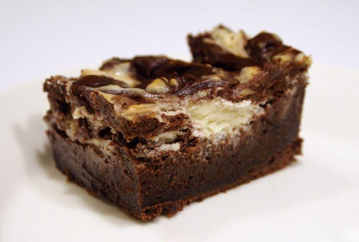 Keittotaiteilua: Suklaa-juustokakku-browniet