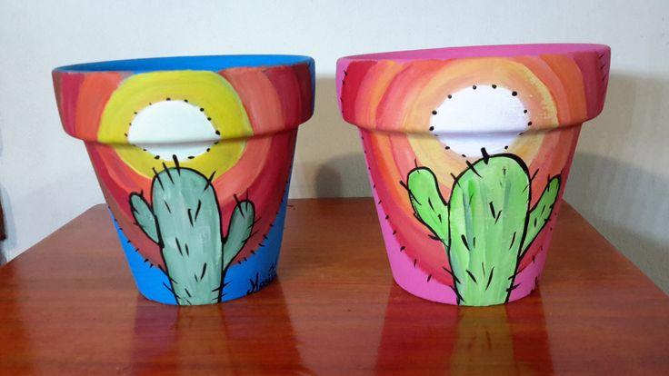 Macetas pintadas a mano Diseño con Cactus... Podes encontrarlas en mi puesto de la feria de Villa Dominico todos los domingos de 9 a 18 Hs. o en http://facebook.com/maritacactus ó http://maritacactus.wix.com/maritacactus