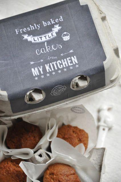 Décorer une boîte d'oeufs et la garnir de petits muffins, cupcakes ou autres délices de goûter !!
