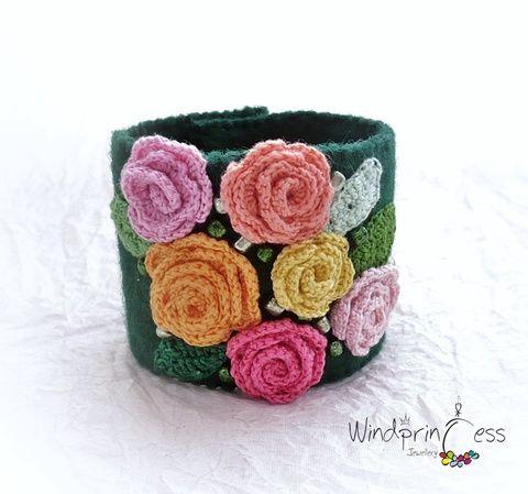 Extravagáns bohém karkötő  pasztell rózsákkal (windprincess) - Meska.hu