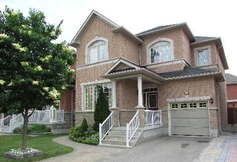Weston & Rutherford 4 bed 4 wash 2 story detached $645K