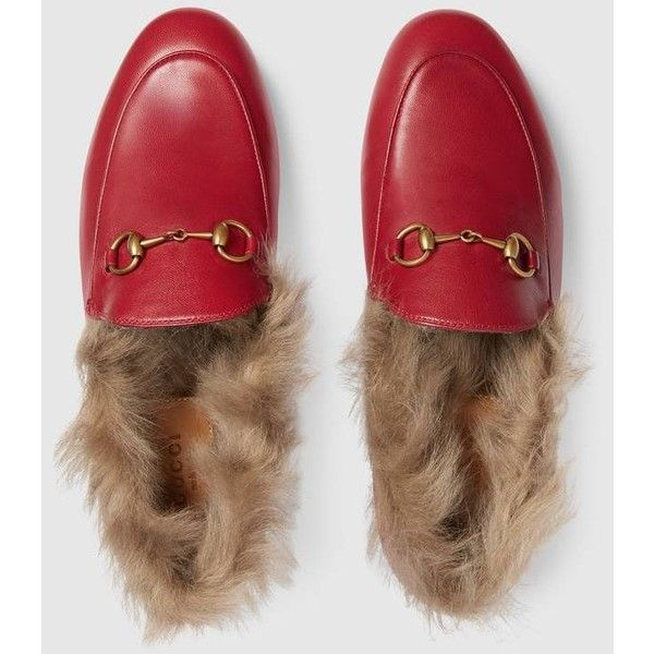 Gucci Jordaan Fur Loafer ($1,100) ❤ liked on Polyvore featuring shoes, loafers, gucci footwear, horse bit loafers, horsebit loafers, loafer shoes and fur loafers