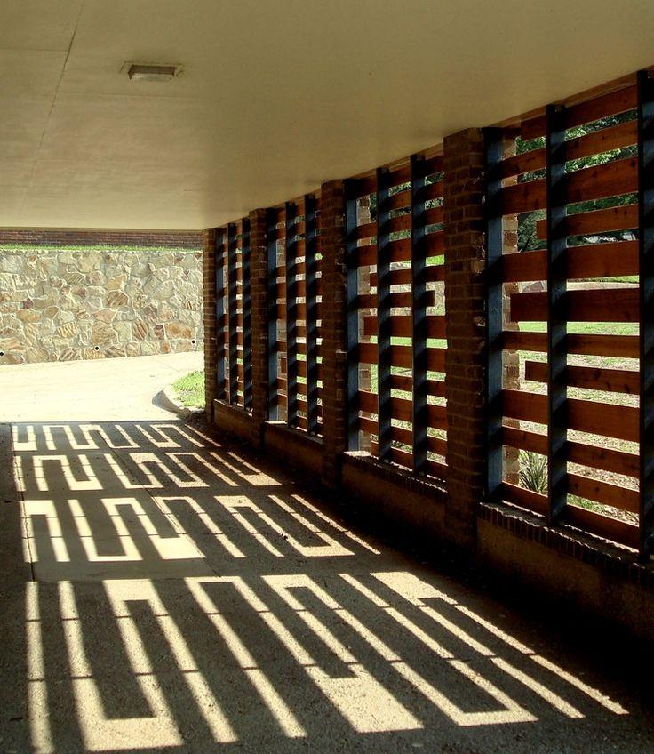 screened carport