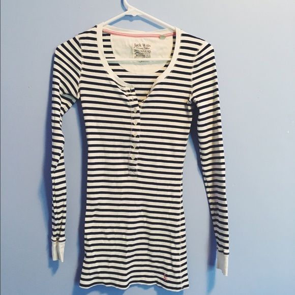 Jack Wills Henley Thermal Top Adorable striped Henley thermal from British brand Jack Wills in a size small. The sleeves and torso are both long, making this a cozy winter pick. Minimal wear and purchased this summer. Jack Wills Tops Tees - Long Sleeve