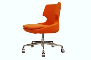 Soho Concept brings the elegant Patara Modern Office chair, which is designed to make a statement. The backrest is placed on a gas piston base that helps in adjusting the height and movement of the chair. The upholstery of the seat is done with a removable zipper enclosed leather, PPM, or wool fabric slip cover.: Modern Living, Buy Patara, Sohoconcept Patara, Chairs Nbc, Barbers Chairs, Patara Offices, Modern Offices, Concept Chairs, Offices Chairs