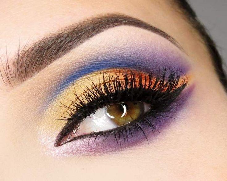 Ideas de Maquillaje Árabe                                                                                                                                                                                 Más