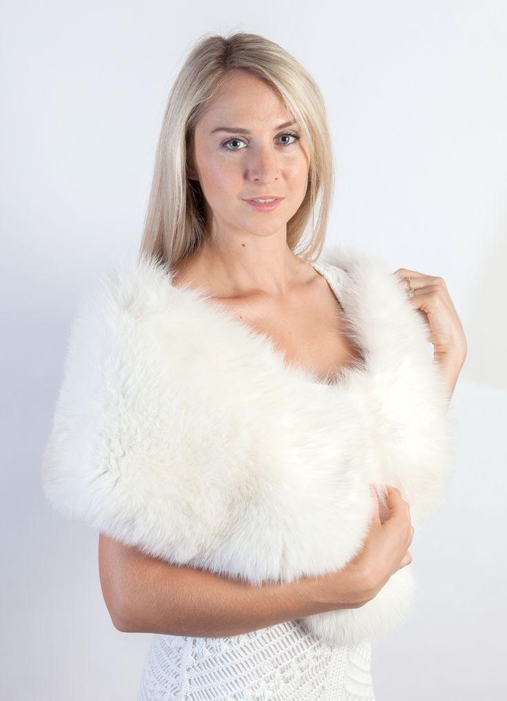 Stola in autentica volpe bianca naturale dal colore bianco candido naturale. Amifur.it
