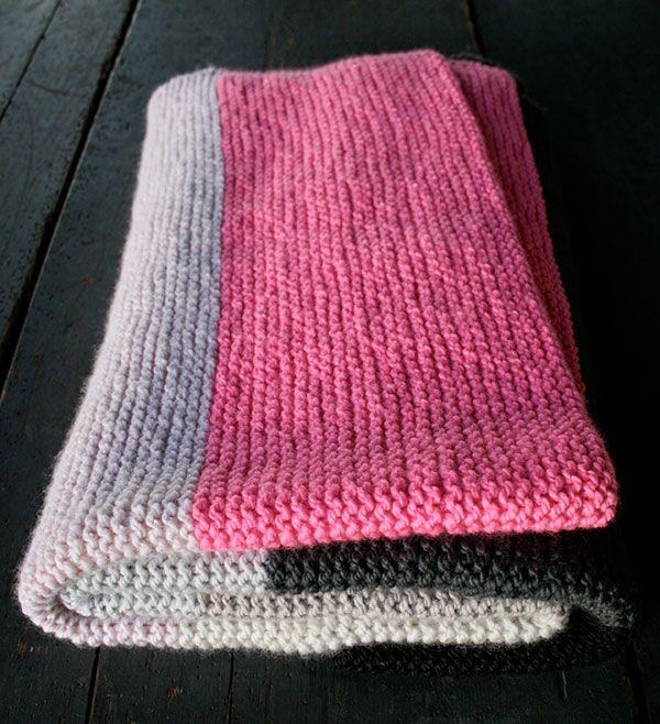 The 25+ best Beginner knitting blanket ideas on Pinterest ...
