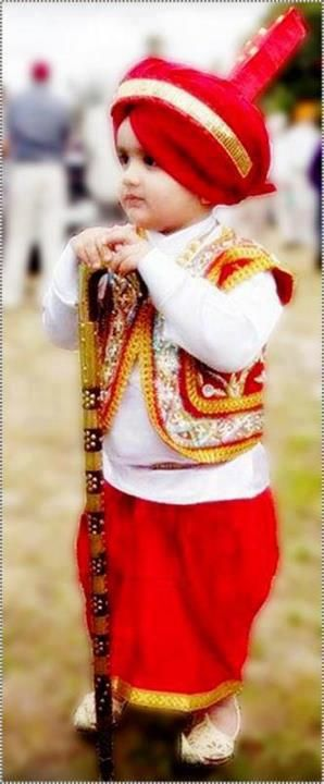 aww :) cute little punjabi boy. Gabru Jawan Punjabi.