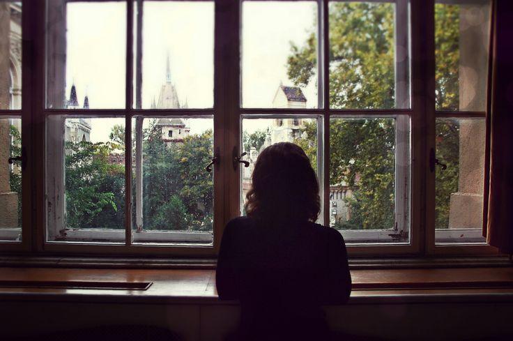 Girl in the window, photoshoot