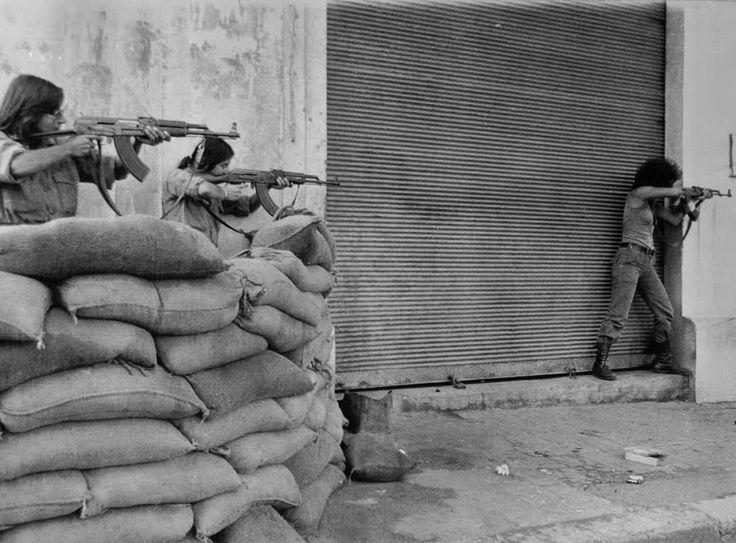 Teenage Christian militia members during the Lebanese civil war, 1976 [900 × 664]