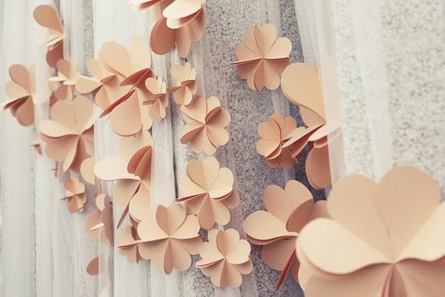☛ Celebrate - Tutorials / Paper flowers