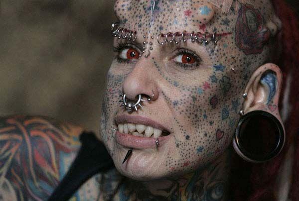 Body piercing - bod mod - pirsin | www.curiosithings.com/es/body-piercing/
