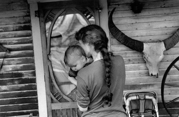 Larry Towell. Magnum Photos Photographer Portfolio