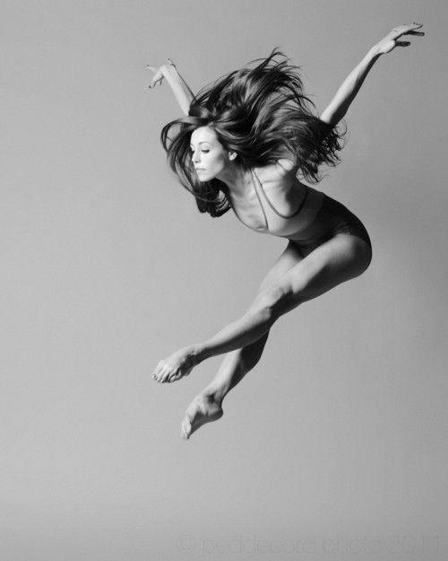 Les grands danseurs ne sont pas grands à cause de leur technique; ils sont grands à cause de leur passion. Martha Graham. - Vivre et aimer sans attendre.