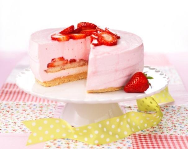 Kwarktaart met aardbeien recept | Dr. Oetker