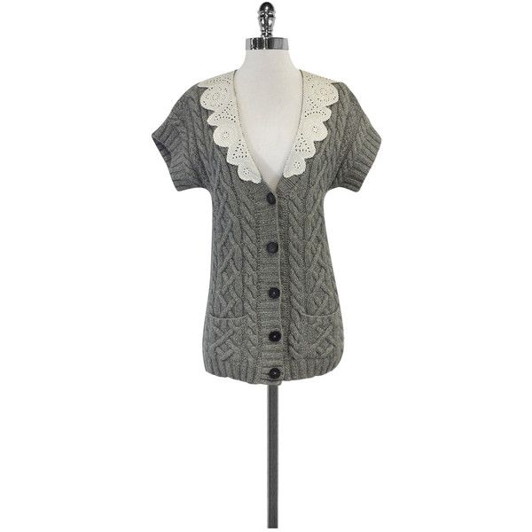 Pre-owned 3.1 Phillip Lim Grey & White Cable Knit Cardigan ($79) ❤ liked on Polyvore featuring tops, cardigans, grey, short sleeve tops, v neck cardigan, grey short sleeve cardigan, white cable knit cardigan and gray cable knit cardigan