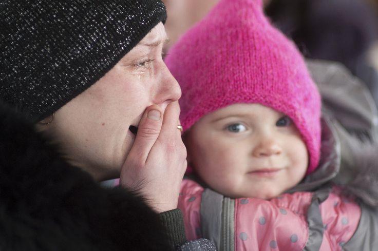 Via Laurent Brayard La détresse d'une russophone du #Donbass, l'armée ukrainienne a massacré 6 000 civils
