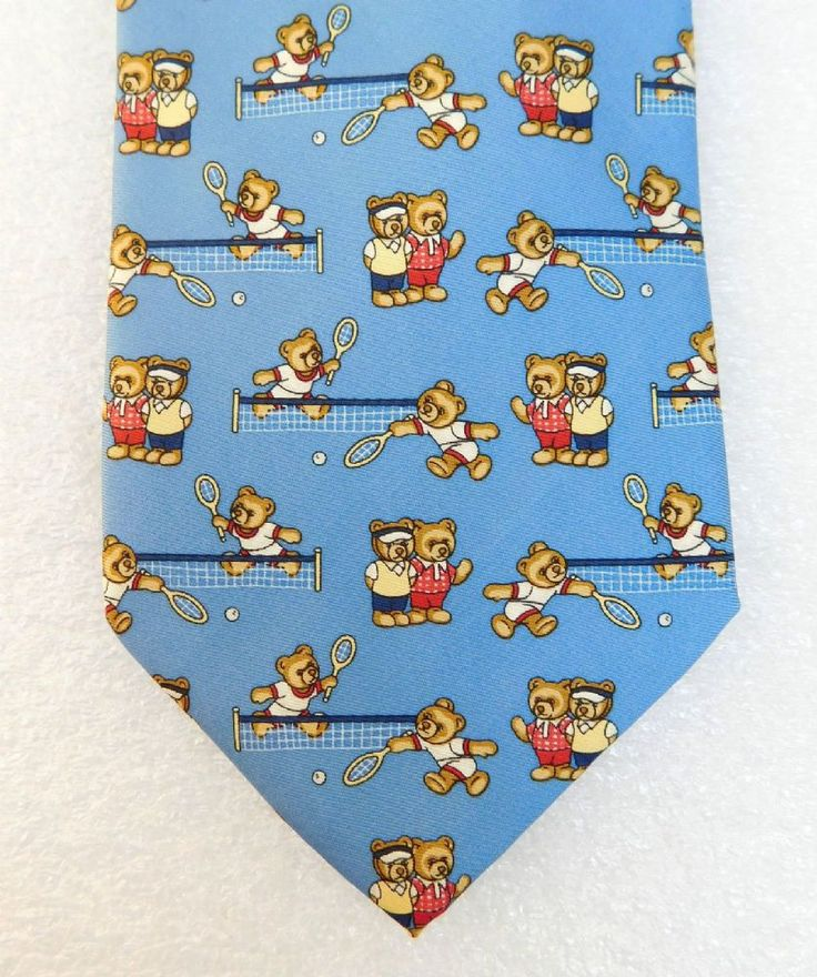 A cheerful novelty tie with teddy bears playing tennis Hand Made in France by Great Yew Designs Pure silk Width 4 inches 10 cm Length 57 inches 146