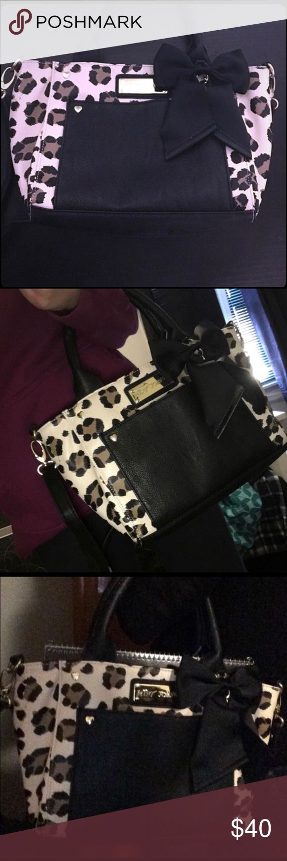 Betsy Johnson Purse Cute cheetah print purse with a black bow Betsey Johnson Bags
