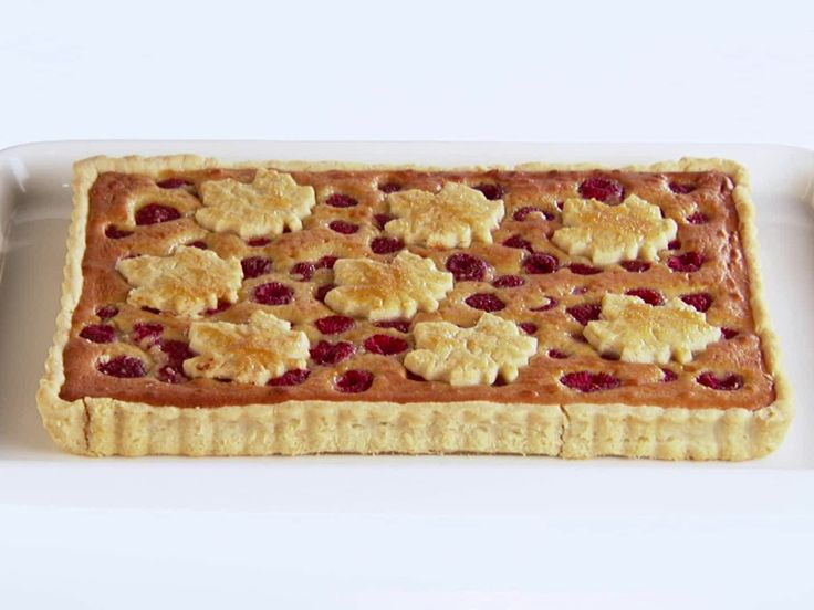 Raspberry-Almond+Pie+Recipe+:+Giada+De+Laurentiis+:+Food+Network+-+FoodNetwork.com