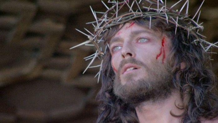 Η ΜΟΝΑΞΙΑ ΤΗΣ ΑΛΗΘΕΙΑΣ: Όλα τα περιεργα που συνέβησαν στο πλατό χριστιανικ...