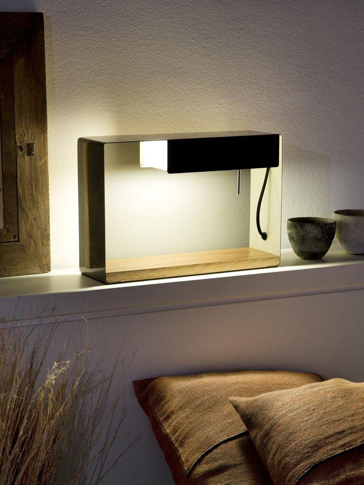 La discrete als Nachttischleuchte, Marset #spanisch #design #lampe #lamp