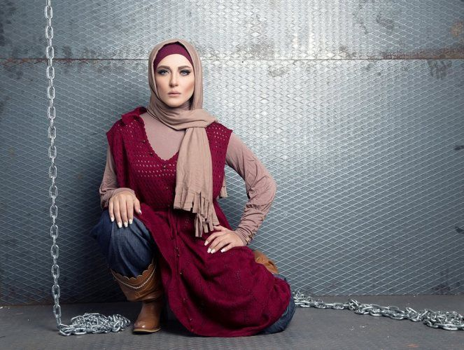 knit maroon tunic dress hijab look, Winter poncho trends by fancy store http://www.justtrendygirls.com/winter-poncho-trends-by-fancy-store/