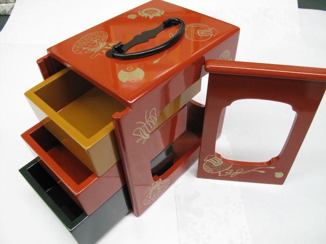 japanese picnic lunch box bento pinterest. Black Bedroom Furniture Sets. Home Design Ideas