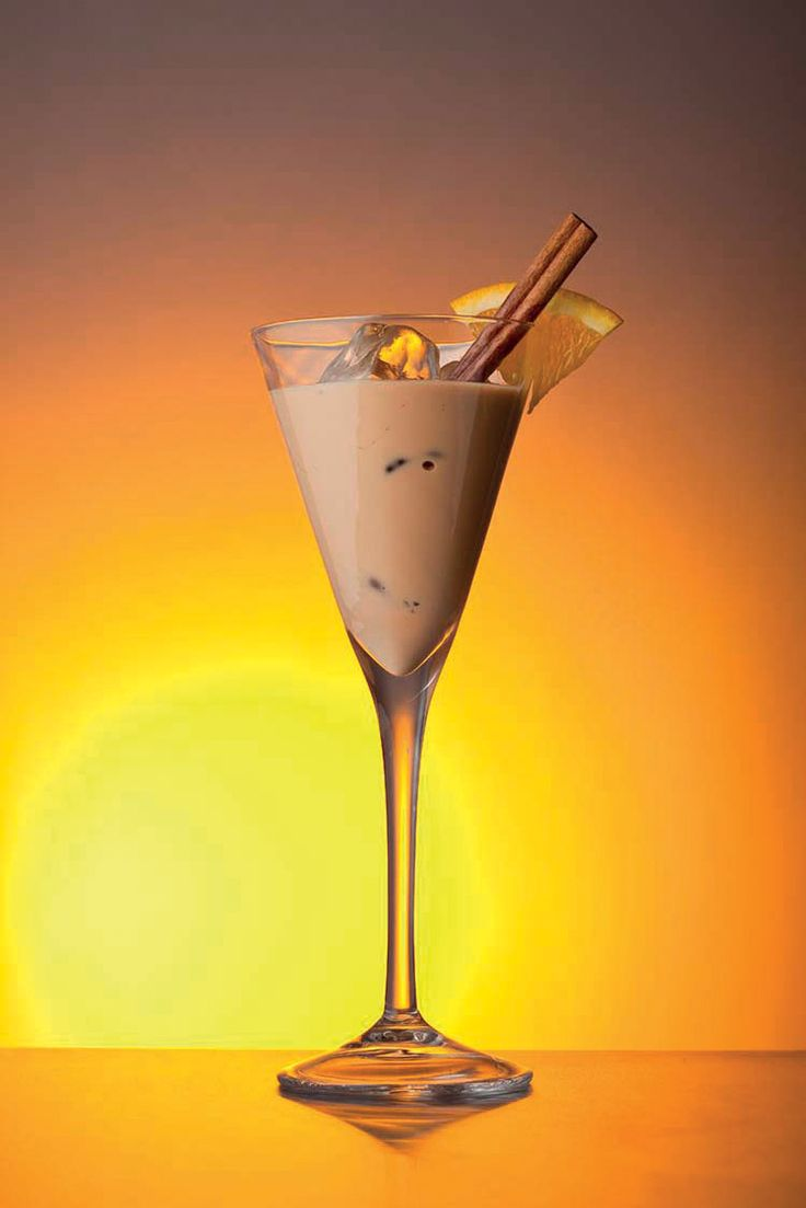 Amarula Sunset Safari – Taste the sunset as almond and cinnamon blend with citric flavours. Find out how to make it at http://www.amarula.com/entertain#amarula-cocktails.