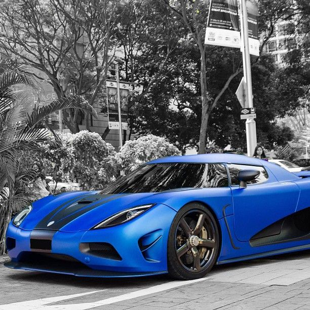 Words cannot describe the beauty of this car! The beautiful Koenigsegg Agera R