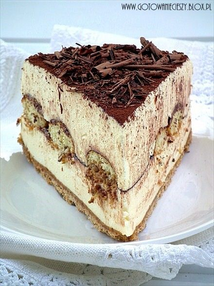 Tiramisu cheesecake... this looks amazing! by avracadaverfem1