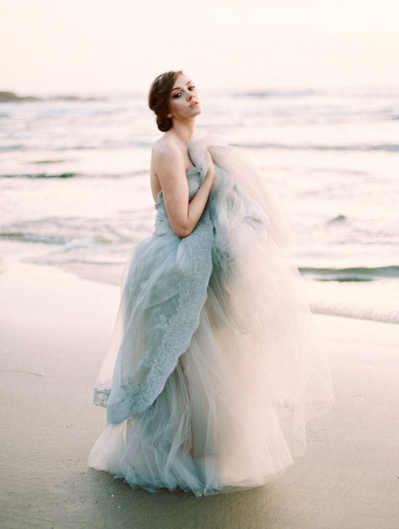 OMG, what an amazing gray blue wedding dress by Claire La Faye!!! I love all the tulle and sweetheart neckline. Gorgeous gown. #wedding #bride