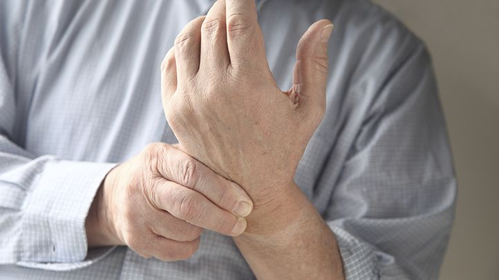 Rheumatologists have identified five distinct types of psoriatic arthritis. Learn about the differences and the symptoms you're likely to experience with each.