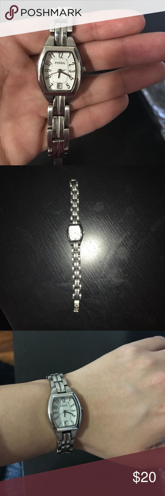 Fossil Watch (used) Used fossil watch. Just needs a battery replacement Jewelry