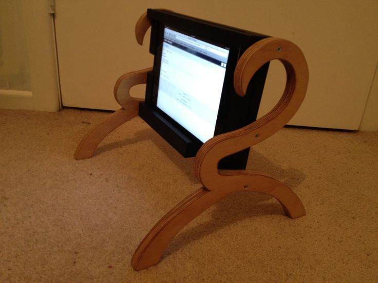 Ipad Holder. Ideal for when laying in bed!