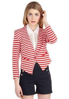 куртки и жакеты в морском стиле
