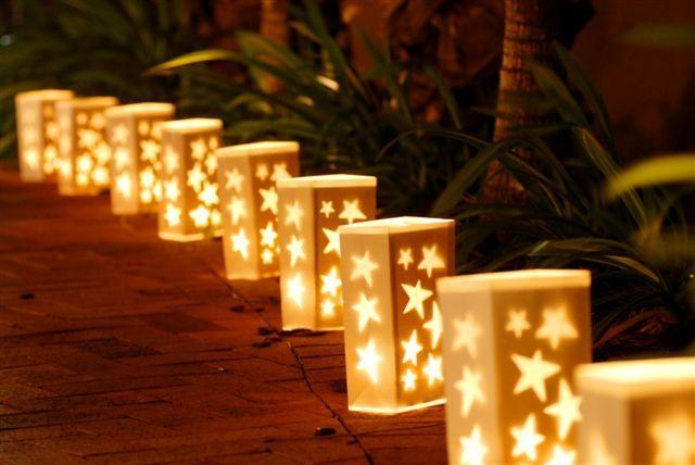 Da BocciCarta imperdibili offerte estive:  citronelle a € 1,19 sky light a € 1,50 confezione da 10 pezzi di bag lantern a € 3,50  Illumina, risparmiando!