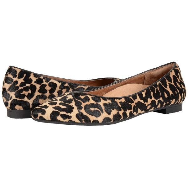 VIONIC Gem Caballo Ballet Flat (Tan Leopard) Women's Flat Shoes ($120) ❤ liked on Polyvore featuring shoes, flats, pointed toe ballet flats, pointy-toe flats, leopard flat shoes, leopard flats and leopard print pointed toe flats