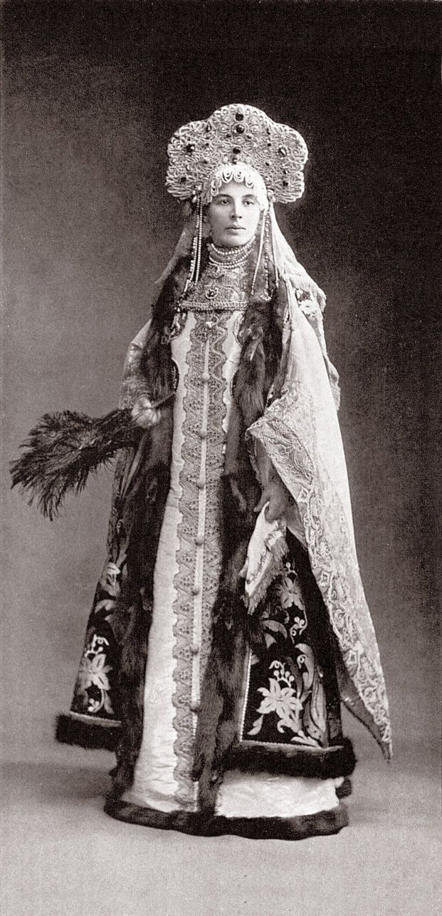 Countess Sofiya Alexandrovna Ferzen (aka Fersen) nee Princess Dolgorouky dressed as Boyar 17th century Russia. Image 127 by klimbims on deviantART