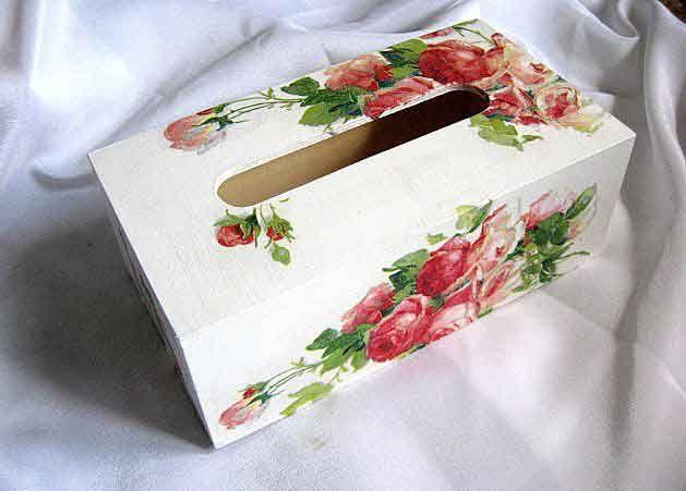 #Cutie #şerveţele #hârtie, cutie cu #model de #trandafiri #roşii şi #roz / #Paper #napkins #box, box with #red and #pink #roses / #종이 #냅킨 #상자, #빨간색과 #분홍색 #장미 #상자 http://handmade.luxdesign28.ro/produs/cutie-servetele-hartie-cutie-cu-model-de-trandafiri-rosii-si-roz-29344/