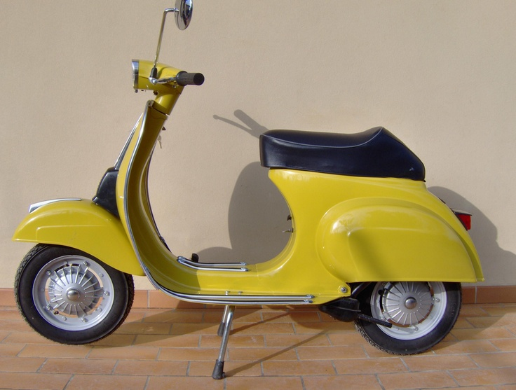 Piaggio Vespa 50 Special. The best when I was fourteen. The engine was elaborated taking it to 75cc or even 125cc...it was not legal in Italy. Che spettacolo.