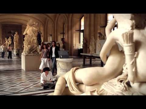 This is an amazing video. Let's visit the Louvre Museum.