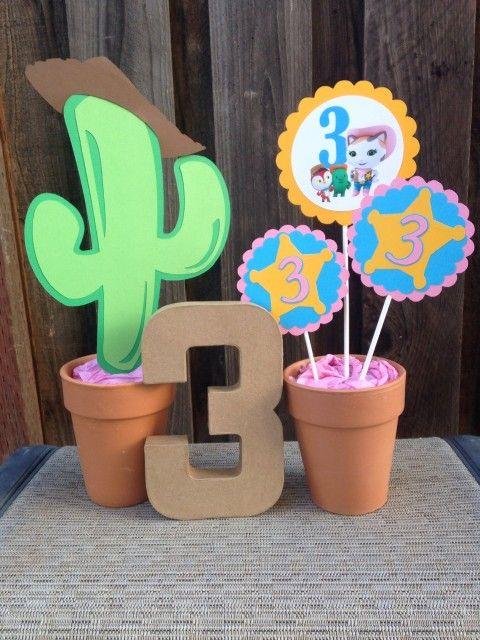 ideas para organizar un cumpleaos con sheriff callie decoracin para cumpleaos tortas souvenirs