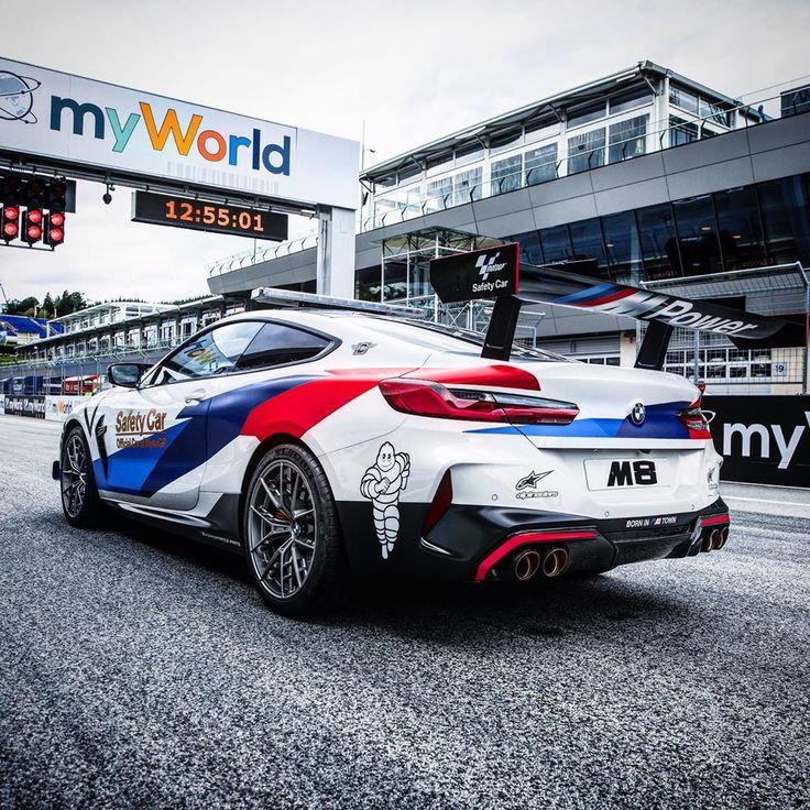 The New BMW M8 MotoGP™ Safety Car. 全新BMW M8擔任MotoGP Safety